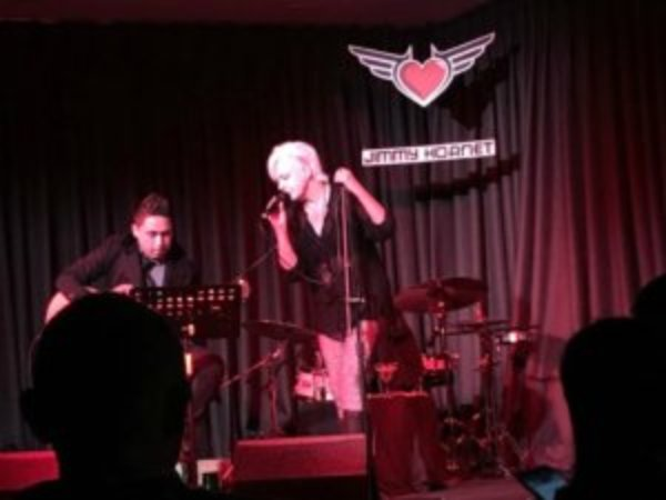 Anthea Palmer on stage at Jimmy Hornet, Zhongshan China