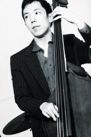 Justin Siu performs at Jimmy Hornet
