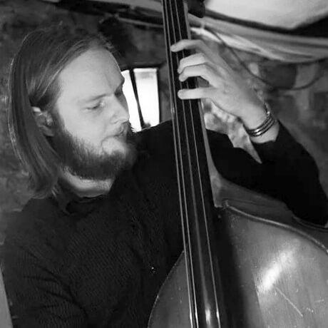 Eirik Lund (Bass)