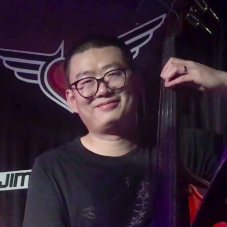 Julian (Bass)