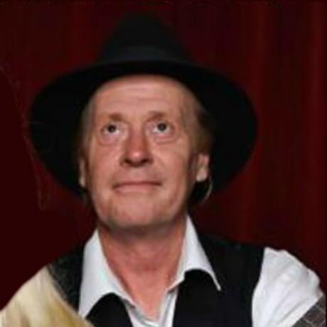 Robert Stephens (voice, baritone ukulele)